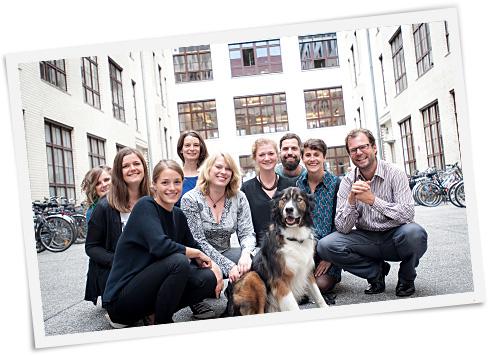 """Karolin, Katja, Francesca, Christina, Mirjam, Leonie, Dino, Christoph, Katja und Björn vom Team """"Projekte & Organisationen"""" stehen Dir mit Rat und Tat zur Seite."""