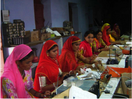 Thumb_group_of_women_solar_engineers_working