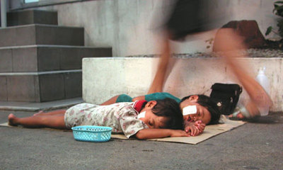 Default_thailand-child-beggars-007