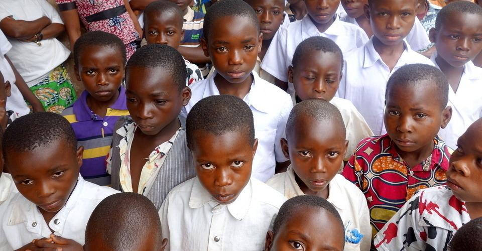 Stimmungsbild von KONGO: Verstoßen und vergessen? Hilfe für Kinder aus Vergewaltigungen.